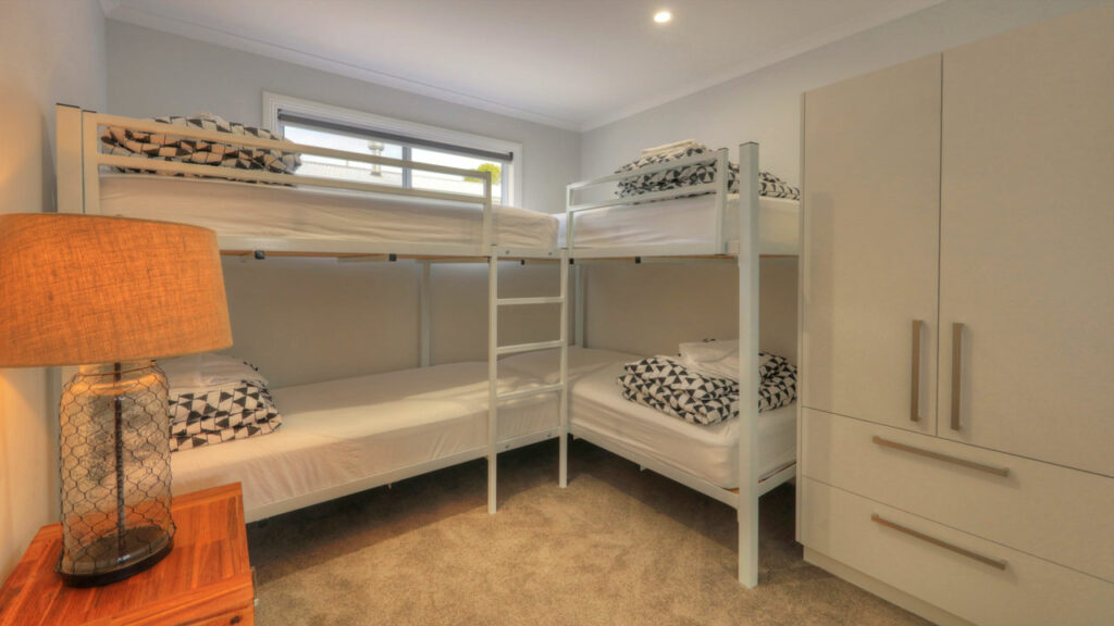 custom translatable bunk rooms