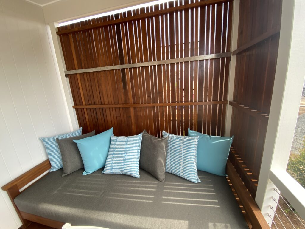 day  bed coastal holiday accommodation